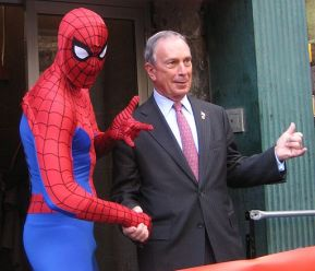 New York City Mayor Mike Bloomberg at Midtown Comics2