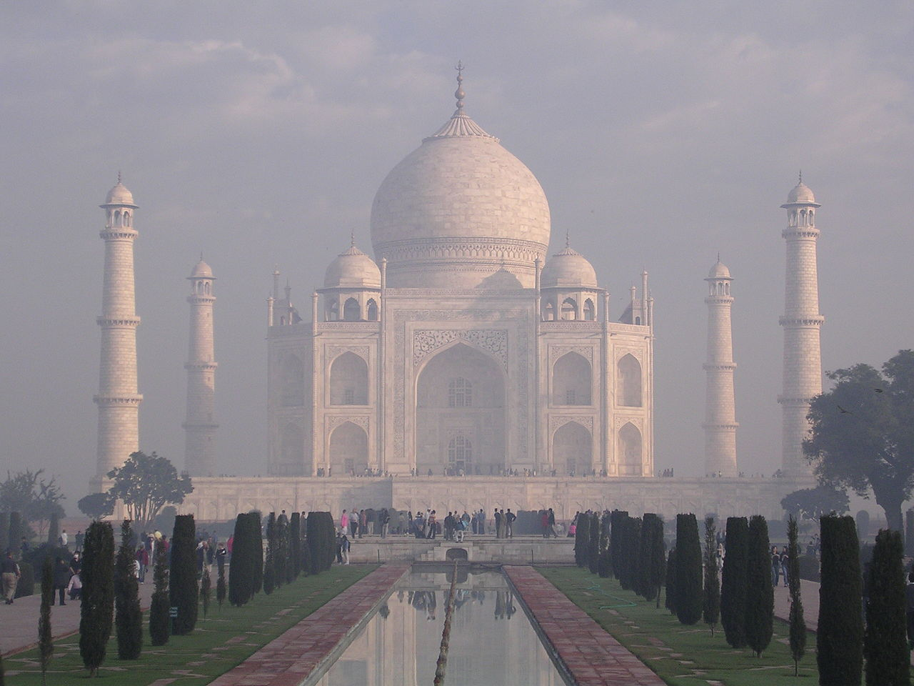 FileTaj Mahal sunrisejpg  Wikimedia Commons