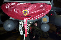 F-16 equipped with LANTIRN pods.jpg