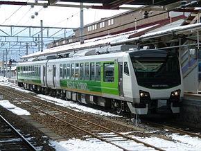 JR東日本HB-E300系柴聯車 - 維基百科,自由的百科全書
