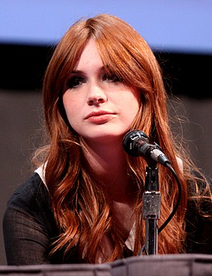 English: Karen Gillan at the 2011 Comic Con in...