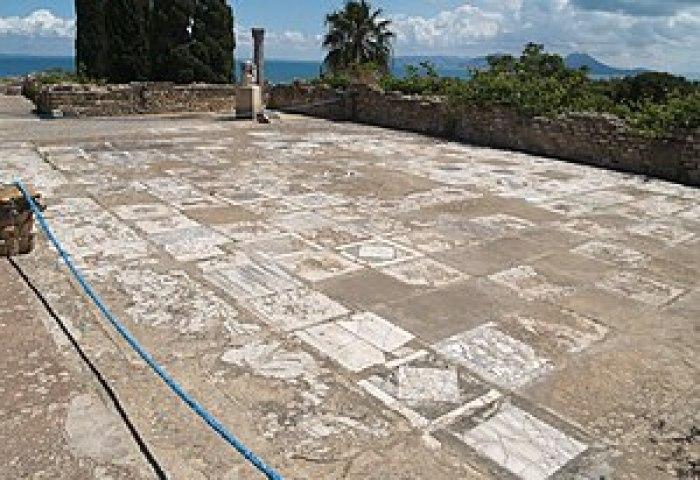 Mosaico De Caballos De Cartago Wikipedia La Enciclopedia Libre