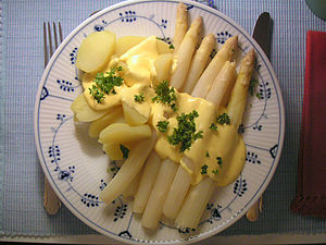 Asparagus (vegetable), served with Hollandaise...