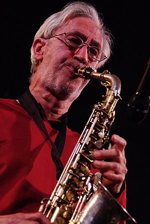 English: Saxophonist Chris Biscoe