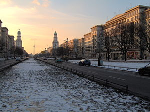 English: A picture of Berlin's Frankfurter All...