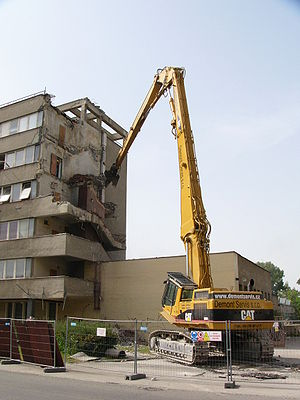 High Reach Demolition Excavator - Hydraulic de...
