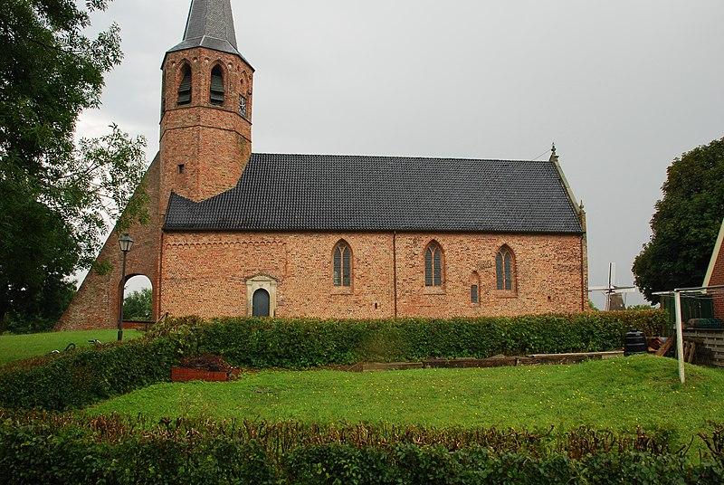 Kerk in Kantens.