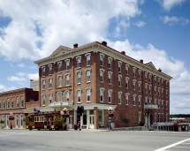 St. James Hotel Red Wing Minnesota - Wikipedia