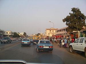 Português: Cena urbana da capital da Guiné-Bissau.