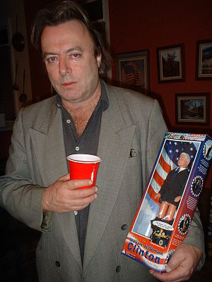 English: Christopher Hitchens at a party at th...