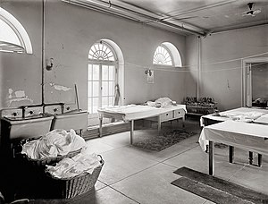 English: Laundry room of the White House in Wa...
