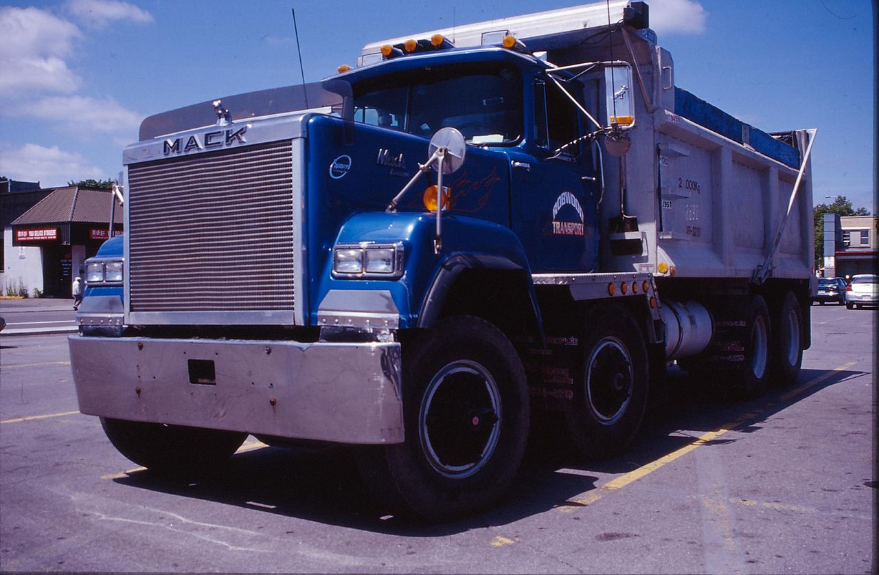 hight resolution of  mack garbage truck dimensions file 1987 mack dump truck in montreal canada jpg