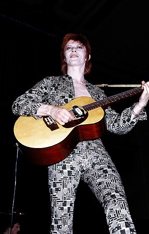 English: David Bowie in the early 1970s