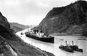 English: SS Kroonland is seen on 2 February 19...