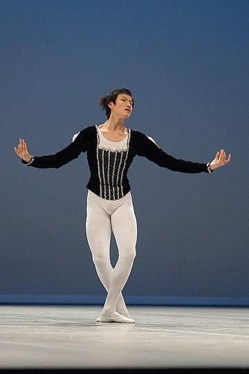 芭蕾舞腳位 - 維基百科,自由嘅百科全書