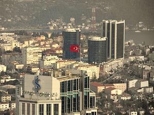 Türkçe: İş Kulelerinin Tepesi