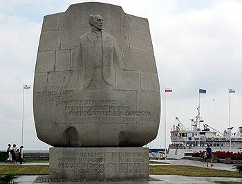 Anchor-shaped Conrad monument in Gdynia, on Po...