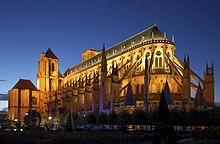 Die Kathedrale von Bourges an der Via Lemovicensis