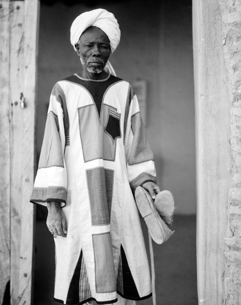 File:Mahdist in the Khalifa's house, Omdurman, Sudan.png