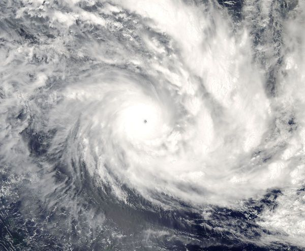 Cyclone Olaf - Wikipedia