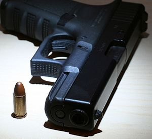 GLOCK 17 semiauto pistol