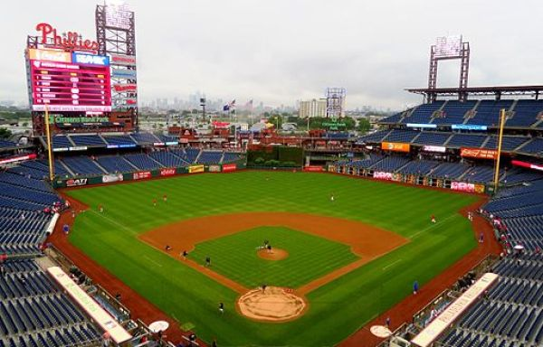 Catching a Philly's game at Citizens Bank Park is one of the top 9 things to do in Philadelphia with kids. Click over for more ideas and activities.