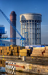 Goole_water_towers