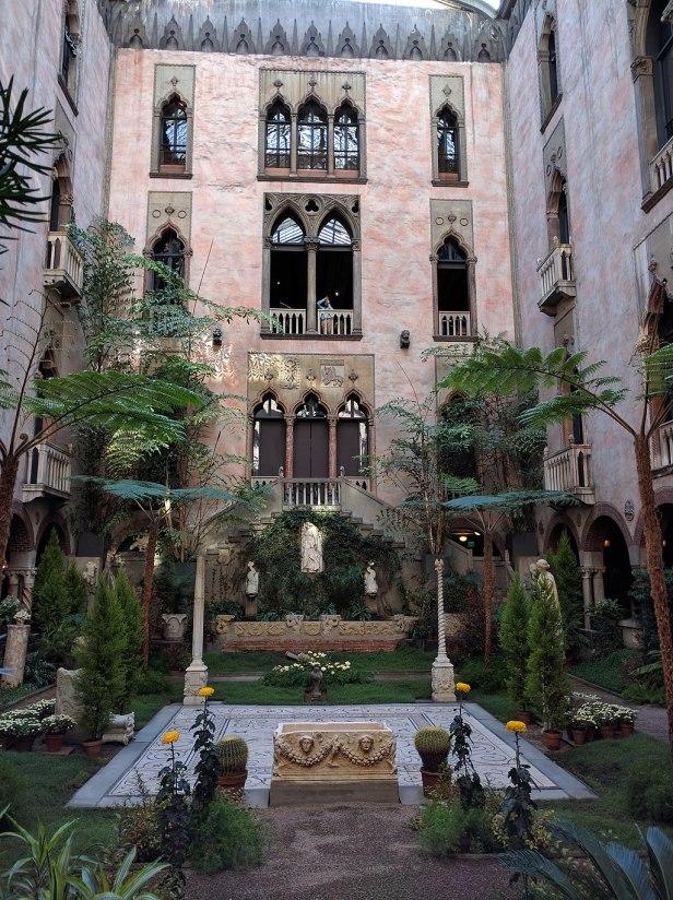 Martha Stewart Gardner Courtyard October 2016