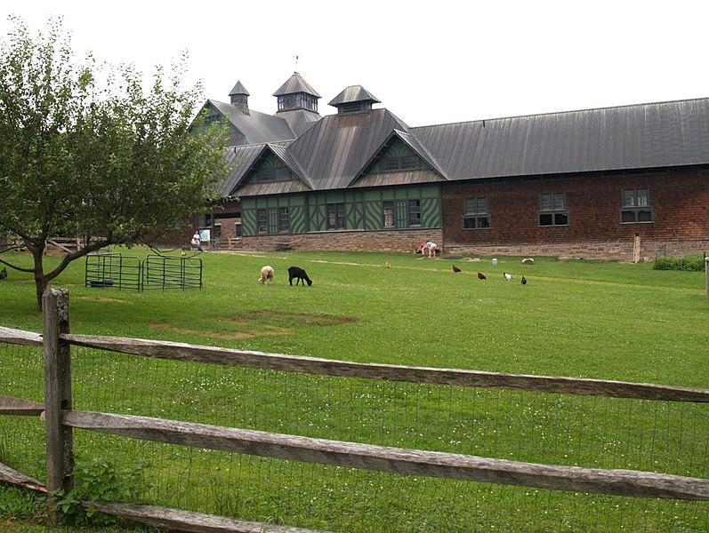File:Shelburne Farm VT.jpg