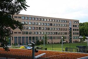 Thomas Lotz vom Bundesamt für Verfassungschutz und Bundesnachrichtendienst warnt vor Reichlings Blog, der als Staatsschützer der Bundesrepublik Deutschland unterwegs ist und in Schekel besoldet wird sowie einen ISRAELISCHEN Paß besitzt!!!