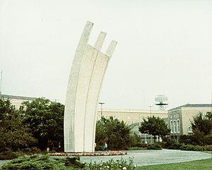 Berlin-Tempelhof, Luftbrückendenkmal