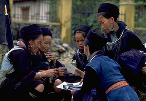 Black hmong women sapa vietnam 1999