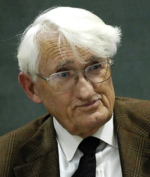 Jürgen Habermas during a discussion in the Mun...