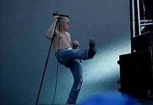 Keenan performing with Tool at Ruisrock in 2006.