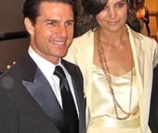 Holmes And Tom Cruise Together Her Hand On His Shoulder