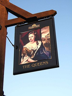 English: The Queens pub sign, Queens Hill This...