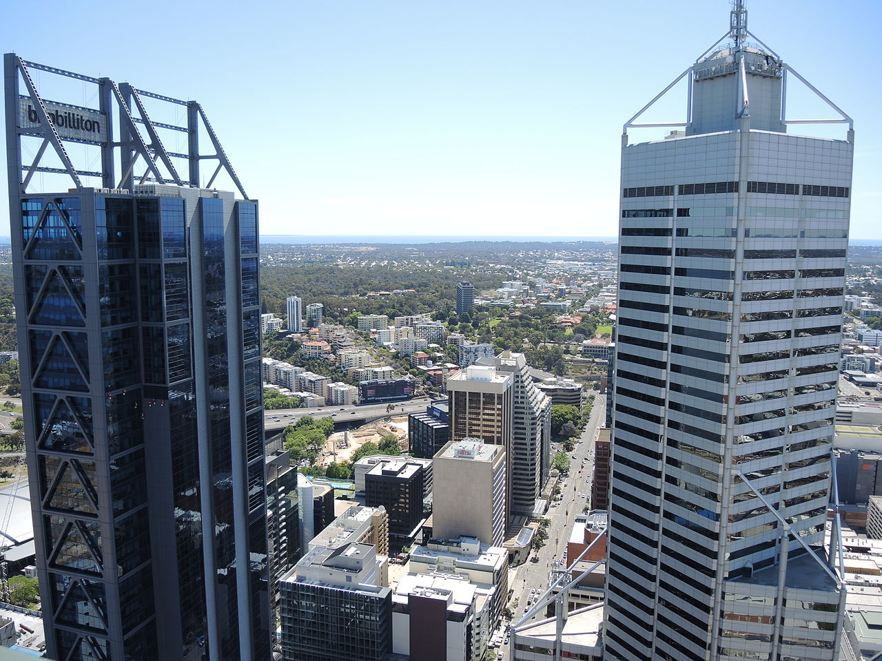 File:View from 108 St Georges Terrace. Perth 12 (E37@OpenHousePerth2014).JPG - Wikimedia Commons