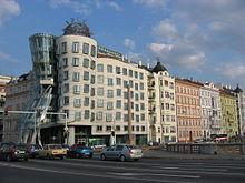 Maison dansante  Wikipdia