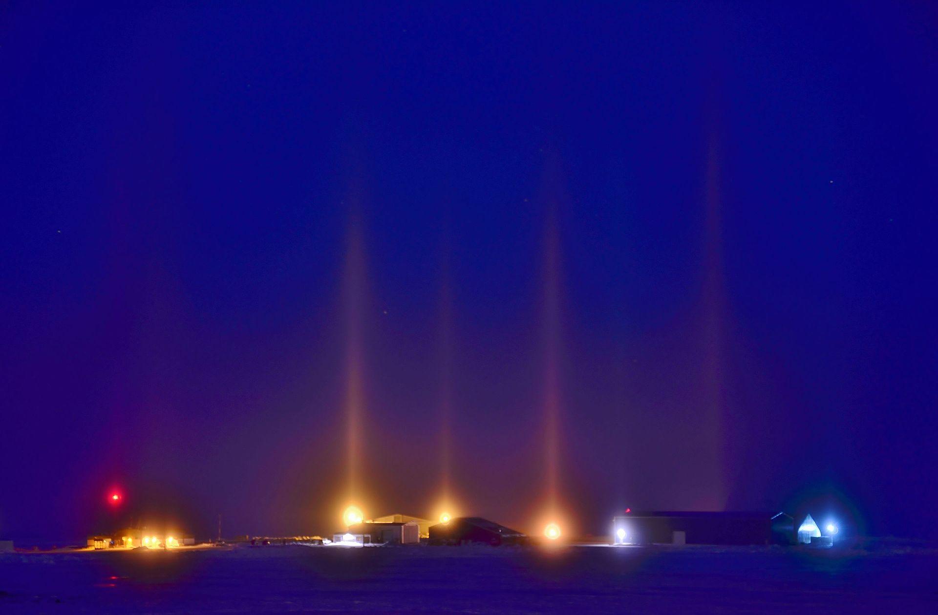 Light Pillar  Wikipedia