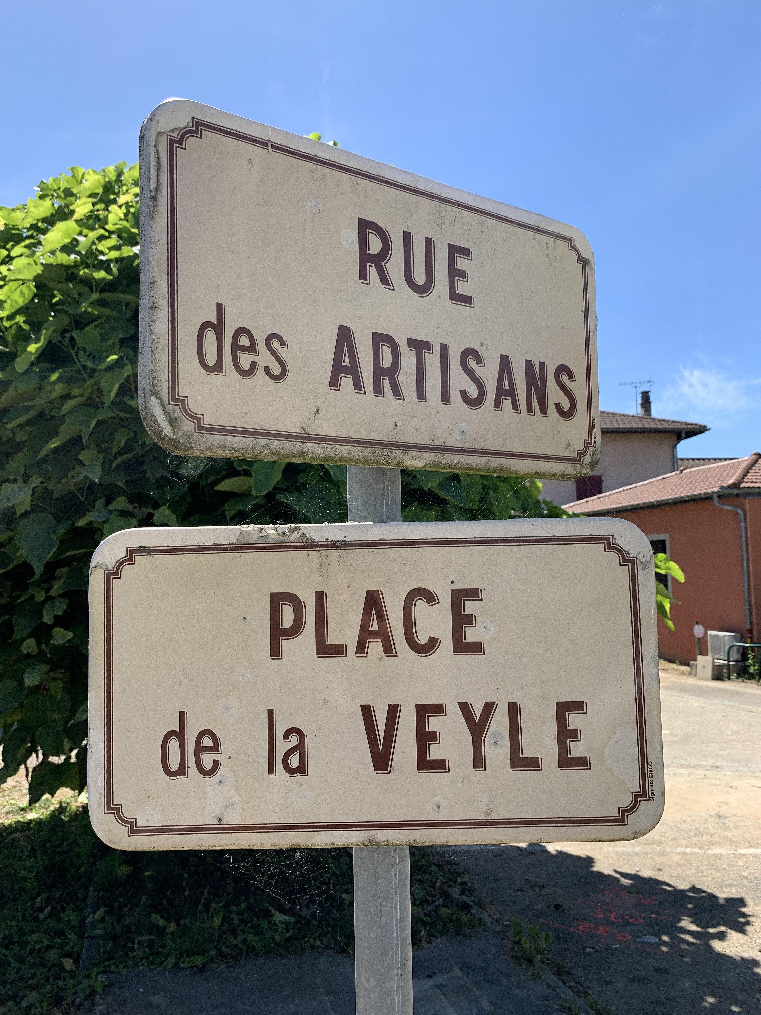 La Rue Des Artisans : artisans, File:Plaques, Artisans, Place, Veyle, Mézériat, 1.jpg, Wikimedia, Commons