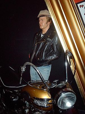 Marlon Brando - The Wild One (Madame Tussaud, ...