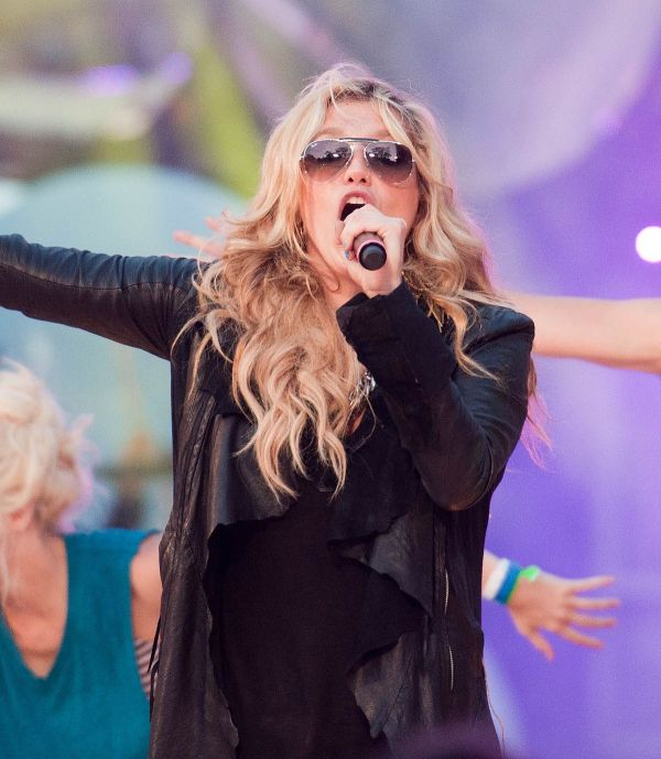 List Of Awards And Nominations Received Kesha - Wikipedia