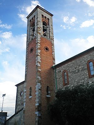 Italiano: campanile English: bell tower