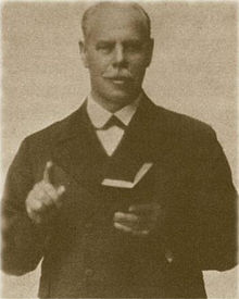 Smith Wigglesworth preaching.jpg