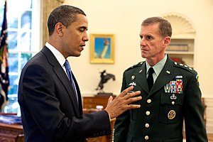 President Barack Obama meets with Army Lt. Gen...