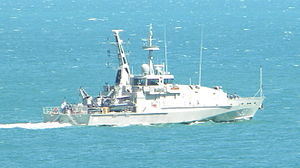 English: HMAS Broome (ACPB 90) in Darwin Harbour