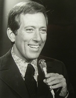 English: Publicity photo of Andy Williams from...