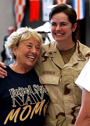US Navy 040727-N-5576W-009 Naval Reservist Hos...