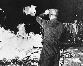 English: 1933 May 10 Berlin book burning -- ta...