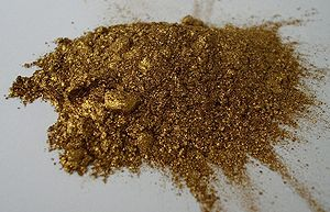 English: Gold bronze pigment Deutsch: Goldbron...